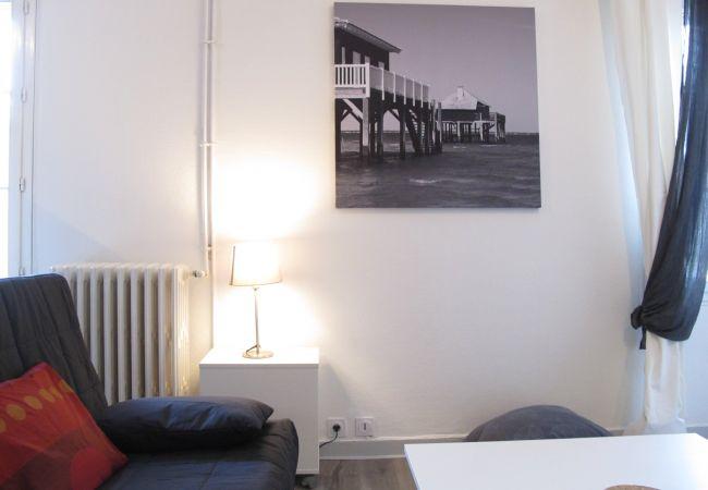 Appartement à Bordeaux - Appt D'ALZON - T1 Bis - 2/4 personnes - 35m²
