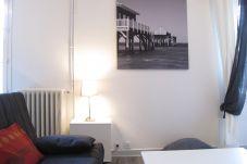 Appartement à Bordeaux - Appt D'ALZON - T1 Bis - 2/4 personnes -...