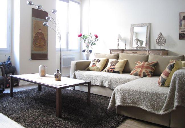 Appartement à Bordeaux - Appartement NOTRE DAME110 - T2 - 2/3 personnes -