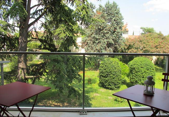 Appartement à Bordeaux - Appartement TRENDY - T2 - 2/4 personnes - 48m²