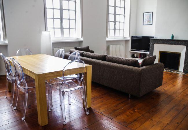 Appartement à Bordeaux - Appart SAINTE CATHERINE Duplex - T4 - 4/6 personne