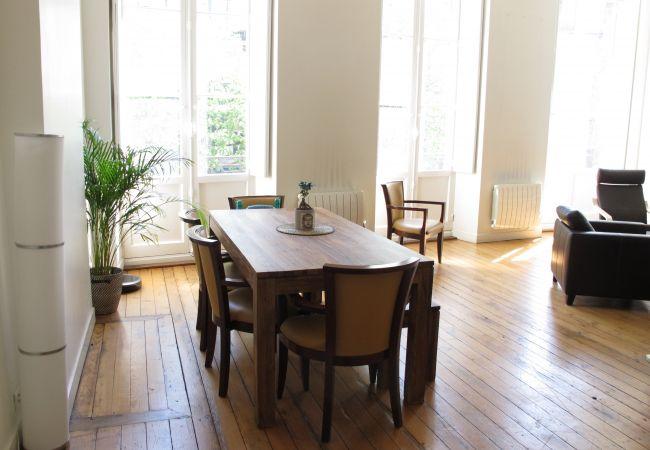 Appartement à Bordeaux - Appartement BOUQUIERE T4 - 4/5 personnes - 104m²