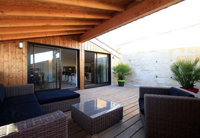 Apartment in Bordeaux - Appt CAMILLE JULLIAN - T5 - 4/6 personnes - 160m²